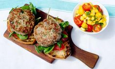Yum, these look delicious and the addition of some Salsa Zing will make them even more lamb-tastic! Lamb burgers with mango salsa Lamb Burgers, Salmon Burgers, I Love Burger, Lamb Burger Recipes, Lamb Dinner, Mango Salsa Recipes, Lunches And Dinners, Dinner Recipes, Dinner Ideas