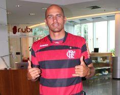 """Kelly Slater é o novo """"reforço"""" do Flamengo"""