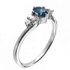 Jemný stříbrný prsten s pravým topazem London blue London Blue, Topaz, Blues, Engagement Rings, Jewelry, Rings For Engagement, Wedding Rings, Jewlery, Jewels