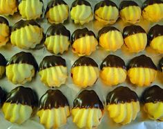 kudy-kam...: Linecké na dva způsoby Czech Recipes, Ethnic Recipes, Sushi, Sweet Tooth, Muffin, Desserts, Foods, Tailgate Desserts, Food Food