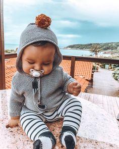 ― Tali Ramos 🧿さん( 「Nem interessa o mau tempo, com essa vista e com essa companhia. 💛 Source by boy outfits Winter Baby Clothes, Baby Winter, Cute Baby Clothes, Winter Kids, Baby Boy Fashion, Fashion Kids, Babies Fashion, Cute Kids, Cute Babies