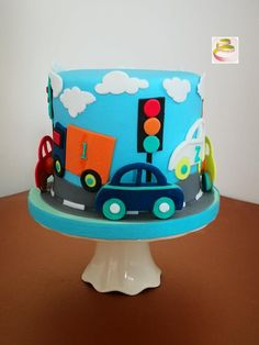 59 ideas for cars cake design buttercream Boys 1st Birthday Cake, Blue Birthday Cakes, Cars Cake Design, Cake 1 Year Boy, Cake Designs For Kids, Cake Decorating For Kids, Fondant Cake Designs, Cake Machine, Birtday Cake