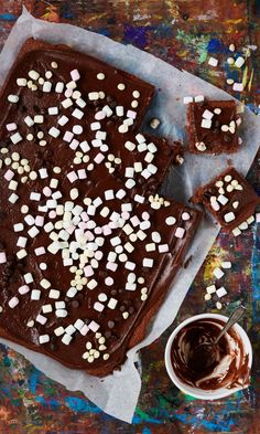 Parhaat mokkapalat | Maku Finnish Recipes, Birthday Brunch, Cake Bars, Sweet Pastries, Holidays And Events, Food Photo, Tiramisu, Deserts, Cupcakes