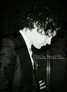 Harry DARK I LOVE DARK OH MY GOD WAAAATTTTT HE CALLED ME BEAUTIFUL!!!! AND HE SAID HI!!!!! OH MY GAH MY DREAMS CAME TRUE!