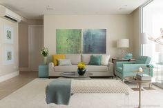 Salas de estar decoradas com azul. https://www.homify.com.br/livros_de_ideias/41168/salas-de-estar-decoradas-com-azul
