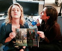 casual reading with pick up the latest Ashley Johnson Blindspot, Blindspot Tv, Covert Affairs, Fall Tv, What Women Want, Voice Actor, Teen Titans, American Actress, Movie Tv