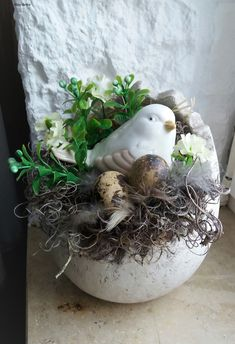 The post appeared first on Beton Diy. Diy Spring Wreath, Spring Crafts, Egg Crafts, Easter Crafts, Bird Nest Craft, Decorative Bird Houses, Easter Table Decorations, Egg Decorating, Easter Wreaths