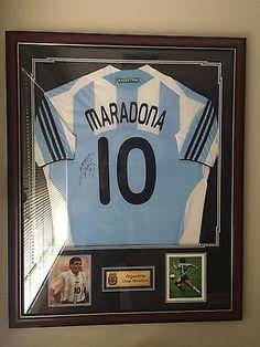 Diego-Maradona-Argentina-Signed-Framed-Jersey-With-COA 8b053edc4