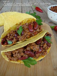 Ogni riccio un pasticcio - Blog di cucina: Tacos messicani con chili di carne Oriental, Cooking Wine, Antipasto, Tex Mex, Keto Dinner, Finger Foods, Food Photography, Good Food, Gourmet