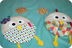 bouillottes sèches Coin Couture, Creation Couture, Unusual Gifts, Softies, Baby Gifts, Diy And Crafts, Sewing Projects, Creations, Textiles