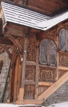 Zakopane Style, Poland Wooden Architecture, Architecture Details, Poland Culture, Swiss House, Eco Buildings, Central Europe, Krakow, House Goals, Countries Of The World