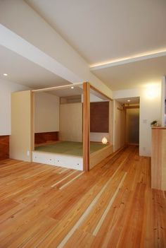 Home Decor Style Japanese Bedroom, Japanese Interior, Modern Interior, Home Interior Design, Small Rooms, Small Apartments, Loft Conversion Bedroom, Small Apartment Interior, Shoji Screen