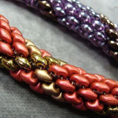 Free PDF from Matubo - 2-hole beads in a Tube or rope. Many other tutes here so scroll down  ~ Seed Bead Tutorials