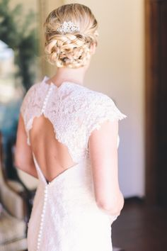 Lovely lace gown: http://www.stylemepretty.com/destination-weddings/2015/04/03/rustic-chic-dream-wedding-in-tuscany/ | Photography: Lisa Poggi - www.lisapoggi.com/