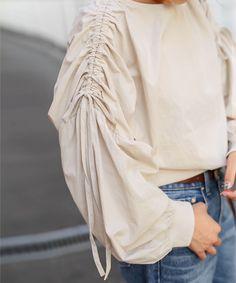 ニットソー×コットン◆異素材ショルダーシャーリングバルーンデザインブラウス【メール便210円・同型のみ1枚まで可能】 ブラウス SELECT MOCA Sleeves Designs For Dresses, Sleeve Designs, Hijab Fashion, Fashion Outfits, Womens Fashion, Fashion Trends, Merian, Fashion Details, Fashion Design