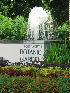 Fort Worth Botanic GardenOur mission: Enriching peoples lives through environmental stewardship and education.
