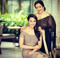 Poonam Sinha and Sonakshi Sinha Bollywood Couples, Bollywood Stars, Bollywood Fashion, Bollywood Actress, Poonam Sinha, Sonakshi Sinha Saree, Sonam Kapoor, Priyanka Chopra, Deepika Padukone