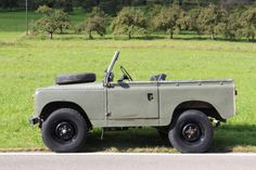 // Land Rover Serie III