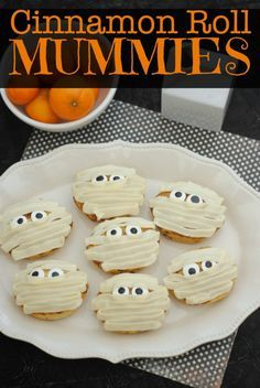 Cinnamon Roll Mummies Halloween Treat Recipe Cinnamon Roll Mummies Recipe Halloween Treat This Mama Loves Halloween Goodies, Halloween Snacks, Halloween Fun, Halloween Recipe, Halloween Dishes, Halloween Festival, Halloween Makeup, Halloween Decorations, Halloween Costumes