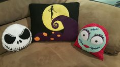 Jack Skellington, Sally, and scene pillow from the Nightmare Before Christmas all hand-sewn felt doll plush Halloween Christmas, Halloween Town, Diy Christmas Gifts, Halloween Crafts, Holiday Crafts, Halloween Decorations, Xmas, Yarn Crafts, Felt Crafts