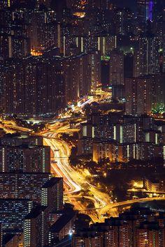 Golden river, Hong kong