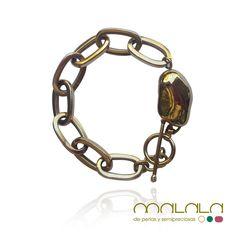 #pulsera con una pieza irregular, ambas de #plata chapadas en #oro rosa. #bracelet #gold #accesorios #ponteguapa #estilo