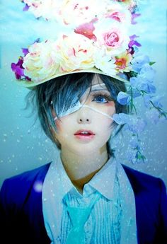 Ciel cosplay from one of the manga covers.