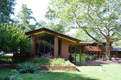 Herman T. Mossberg House (1948), South Bend, IN