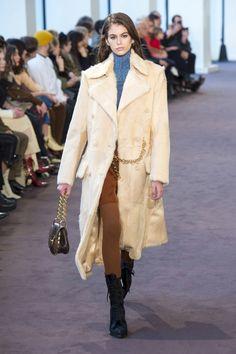 63119e0da53 Chloé Fall 2018 Ready-to-Wear collection