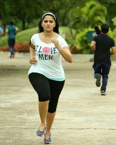 Anushka shetty big ass yoga pants pics 166