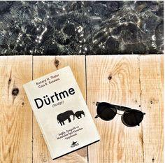 Dürtme (Nudge) - Richard H. Thaler & Cass R. Sunstein Yeni bir kitap yeni bilgiler. İşte Richard H. Thaler ve Cass R. Sunstein'in kaleme aldığı İngilizce ismi ile Nudge Türkçe ismi ile Dürtme kitabının notları. Kitabın kapağında 'Sağlık, Zenginlik ve Mutlulukla İlgili Kararları Uygulamak' yazıyor. Anlayacağınız üzere bir süredir sık sık okuduğum kararlar, mantığın ve beynin çalışma şeklini konu alan bir kitap...