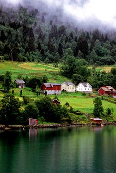 Norge is so beautiful.. cant wait to go back some day..Hardagenfjord, Norway