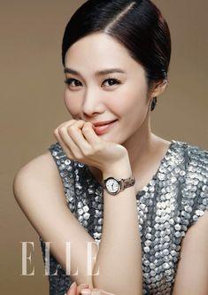 2637F14551A4A69D09773A 600×849픽셀 Elegant Style Women, Elegant Woman, Kdrama Memes, Korea Style, April 24, Korea Fashion, For Stars, Korean Beauty, Happy Birthday