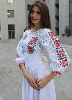 Pakistani Fashion Party Wear, Muslim Fashion, Ukrainian Dress, Ethno Style, Mode Abaya, Fairy Clothes, Kurti Collection, Dress Neck Designs, Dress Drawing
