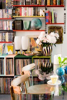 Library in the home of florist Mark Colle featured on Coffeeklatch: http://coffeeklatch.be/en/interview/2014-05/46/mark-colle