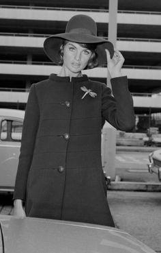 Jean Shrimpton, 1967 Vintage Clothing, Vintage Outfits, Vintage Fashion, Jean Shrimpton, International Style, Black And White Design, Retro Chic, Fashion Images, Top Models