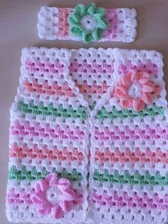Com Best 12 best-baby-crochet-poncho-pattern-free-crochet-baby- – SkillOfKing. Crochet Baby Dress Free Pattern, Baby Booties Knitting Pattern, Crochet Dress Girl, Crochet Poncho Patterns, Granny Square Crochet Pattern, Crochet Girls, Baby Knitting Patterns, Gilet Crochet, Crochet Shell Stitch
