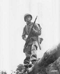 US paratrooper Louis Homoki on maneuvers in Great Britain, 1942/43