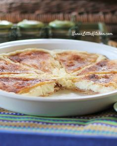 THM - This low carb, Sugar Free Sopapilla Cheesecake is our favorite new dessert hands down! :) NOT KETO! but low carb might make for the holidays Low Carb Deserts, Low Carb Sweets, Sugar Free Desserts, Sugar Free Recipes, Diabetic Desserts, Healthy Desserts, Healthy Food, Healthy Sugar, Healthy Breakfasts