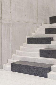 Stairs. Research+&+Sports+Hall+of+Humboldt+University+/+Scheidt+Kasprusch+Architekten+(10)