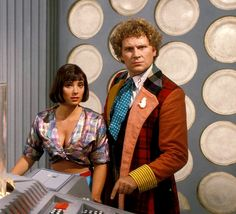 The Doctor (Colin Baker) and Peri Brown (Nicola Bryant) - 1984 to Doctor Who Convention, Best Sci Fi Shows, Colin Baker, Who Goes There, Doctor Who Companions, Classic Doctor Who, Bbc Tv Series, Doctor Who Tardis, Anime Art