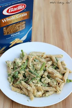 Healthy Chicken Penne Alfredo from Alyssa at  Whats Cooking Love? #betterforyou #pmedia http://whatscookinglove.com/2013/08/healthy-chicken-penne-alfredo/