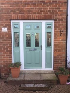 Home Improvement Tips For The Not So Handy Person Doors, Classic Doors, Front Doors Uk, Home Improvement, Front Entrances, New Homes, Panel Siding, Traditional Style Homes, Modern Ranch