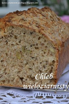 Chleb wieloziarnisty Healthy Bread Recipes, Cake Recipes, Dessert Recipes, Cooking Recipes, My Favorite Food, Favorite Recipes, Polish Recipes, Sourdough Bread, Food Cakes