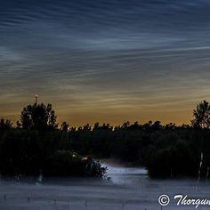 #nightphotography #åkersberga #nattfoto #dimma #nattlysandemoln