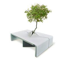 SPLIT, concrete bench. Design Lana+Savettiere for Vasart