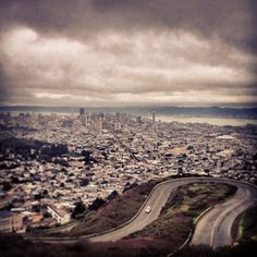 Twin Peaks Summit in San Francisco, CA // pretty amazing views, day or night