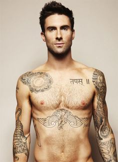 Adam Levine of Maroon 5 Sexy! Kanye West, Look At You, How To Look Better, Beautiful Men, Beautiful People, Hello Gorgeous, Amazing People, Beautiful Celebrities, Lifestyle