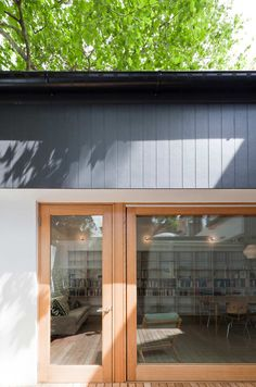 Image 2 of 9 from gallery of House Eadie / Tribe Studio Architects. Photograph by Katherine Lu