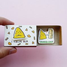 "Cute Friendship Card Matchbox/ Gift box/ Foodie Friend/ Nacho and Chips lover/ Card for Best Friend/ BFF/ ""I value our friend-chip""/ - Mi Bog De Regalos De Bricolaje 2019 Diy Best Friend Gifts, Presents For Best Friends, Birthday Gifts For Best Friend, Diy Bff Gifts, Sister Gifts, Friendship Day Gifts, Friendship Cards, Friend Friendship, Tarjetas Diy"